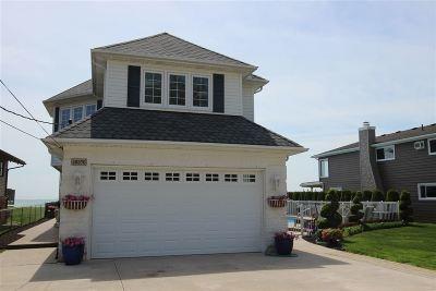 Single Family Home For Sale: 49370 Bay Lane