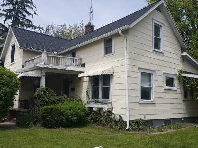 Lenawee County Single Family Home Contingent - Financing: 219 E Adrian