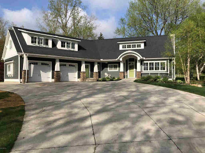 Hillsdale County Single Family Home For Sale: 2180 Steamburg Rd