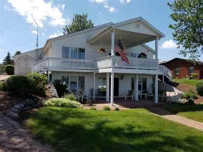 Single Family Home For Sale: 8949 Kingsley