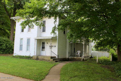 Hillsdale Multi Family Home For Sale: 252 E Bacon St. St