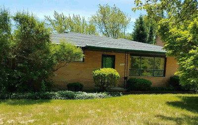 Washtenaw County Single Family Home For Sale: 1715 Dunmore Rd