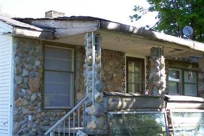 Jonesville Single Family Home For Sale: 4840 E Chicago