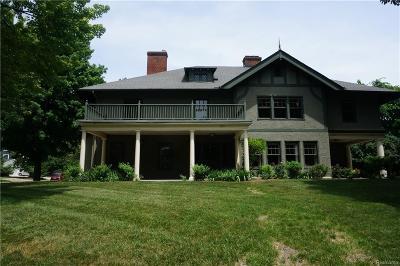 Washtenaw County Condo/Townhouse For Sale: 1901 Washtenaw Ave
