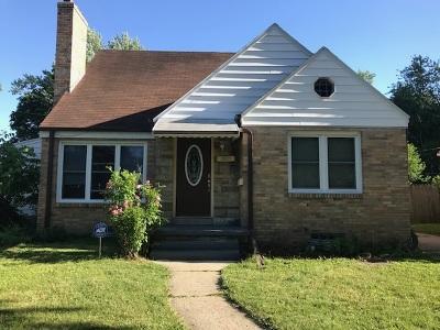 Lansing Single Family Home For Sale: 1611 Berkeley