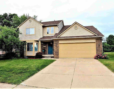 Washtenaw County Single Family Home For Sale: 1357 N Hidden Creek Dr