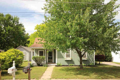 Stockbridge Single Family Home For Sale: 110 Vernal