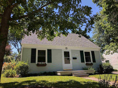 Ann Arbor Single Family Home For Sale: 309 Brierwood St