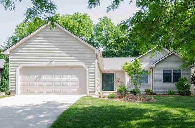 Ann Arbor Single Family Home For Sale: 1445 Northbrook Dr