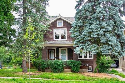 Washtenaw County Single Family Home Contingent - Financing: 1518 Dexter Ave