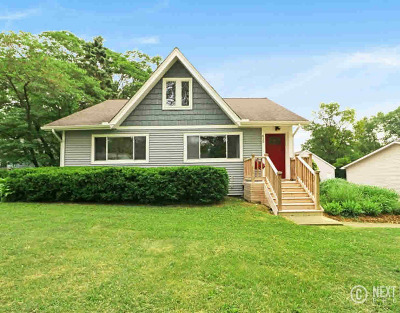 Washtenaw County Single Family Home Contingent - Financing: 612 Barber Ave