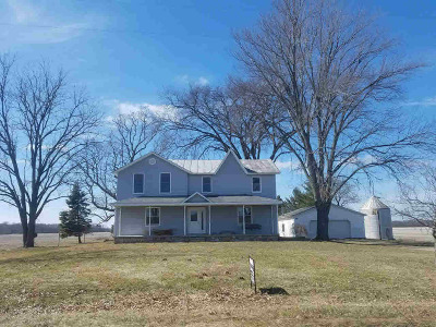 Single Family Home For Sale: 2719 22 Mile Rd