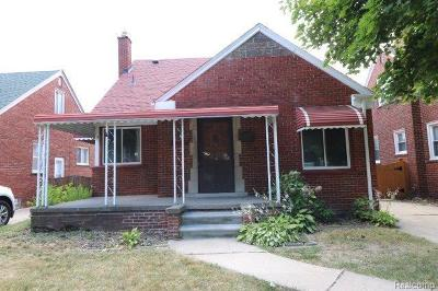 Single Family Home For Sale: 15637 Hanover Ave