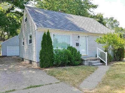 Lansing Single Family Home For Sale: 3724 S Pennsylvania Ave.