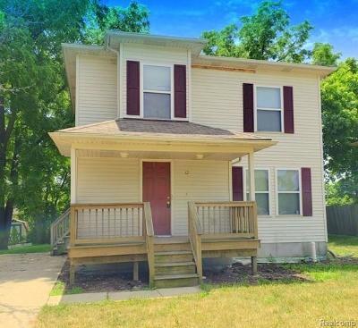 Single Family Home For Sale: 12 Park Pl