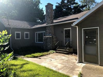 Jackson MI Single Family Home For Sale: $95,000