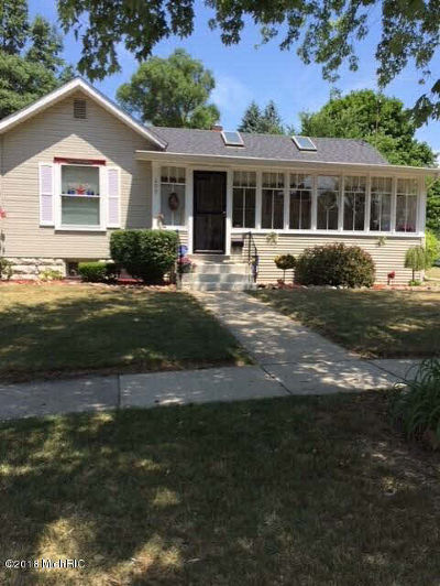 Albion Single Family Home For Sale: 205 E North St