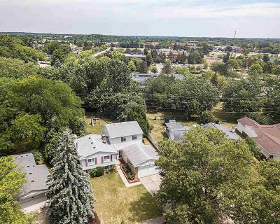 Washtenaw County Single Family Home For Sale: 2226 Yorktown Dr