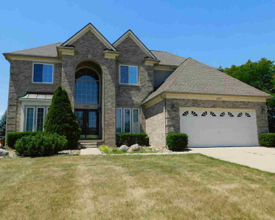 Washtenaw County Single Family Home For Sale: 4092 Silverleaf Dr
