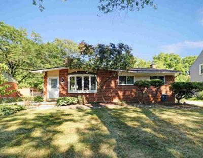 Ann Arbor Single Family Home For Sale: 444 Evergreen Dr