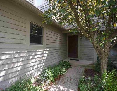 Ann Arbor Condo/Townhouse For Sale: 3395 Bent Trl