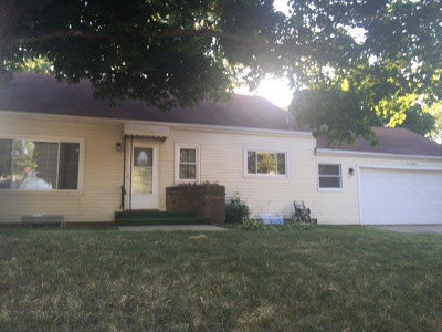 Jackson Single Family Home Contingent - Financing: 916 N. Elm Ave