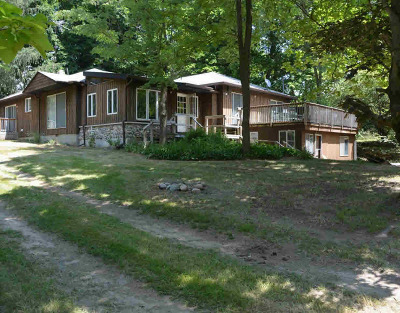 Washtenaw County Single Family Home For Sale: 13563 Sharon Hollow Rd