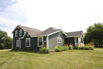 Mason Single Family Home For Sale: 2055 Tuttle Rd