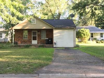 Farmington Hill Single Family Home For Sale: 33505 Kirby St