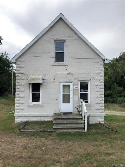 Lansing Single Family Home For Sale: E Cavanaugh Rd