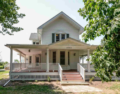 Jackson County Single Family Home Contingent - Financing: 13482 Fitchburg Rd