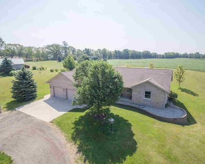 Grass Lake Single Family Home For Sale: 15915 Below Rd