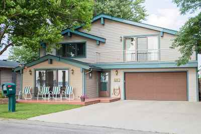 Single Family Home For Sale: 2675 Round Lake Highway