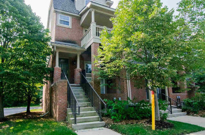 Washtenaw County Condo/Townhouse For Sale: 3084 Barclay Way