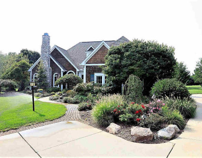 Washtenaw County Single Family Home For Sale: 3251 Golfview Dr