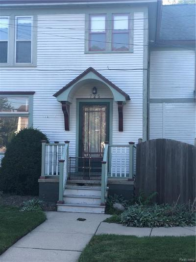 Plymouth Multi Family Home For Sale: 725 Mill