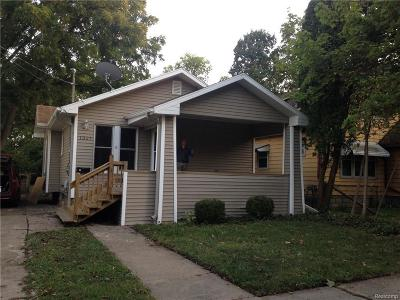 Lansing Single Family Home For Sale: 1327 W Hillsdale St