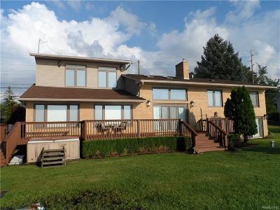 Single Family Home For Sale: 421 E Shore