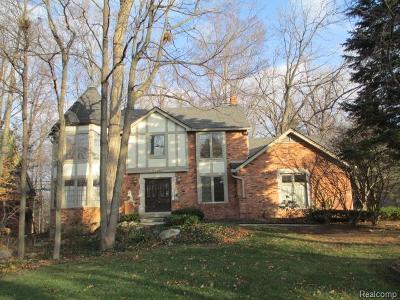 Farmington Hill Single Family Home For Sale: 27966 Trailwood Crt