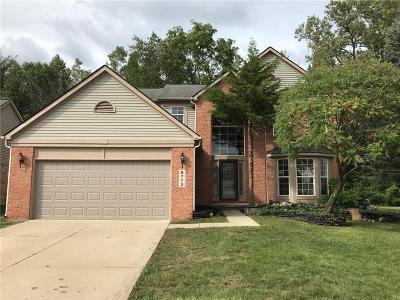 Washtenaw County Single Family Home For Sale: 8775 Trillium Dr