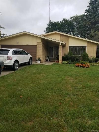 Southfield Single Family Home For Sale: 26080 Woodvilla Pl N