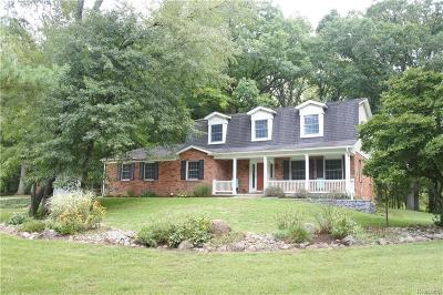 Brighton Single Family Home For Sale: 10440 Winding Valley Rd