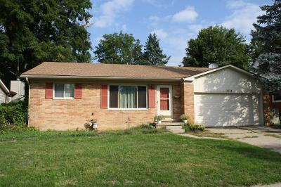 Ann Arbor Single Family Home Contingent - Financing: 2624 Sequoia Pkwy