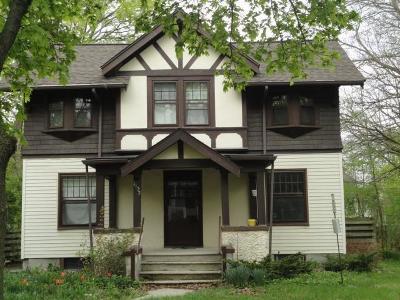 Washtenaw County Single Family Home For Sale: 1132 Michigan Ave