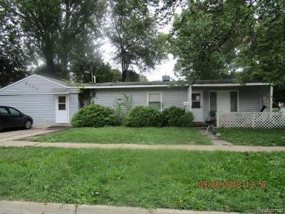 Lansing Single Family Home For Sale: 3104 Fielding Dr
