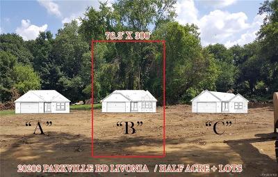Livonia Single Family Home For Sale: 20208 Parkville