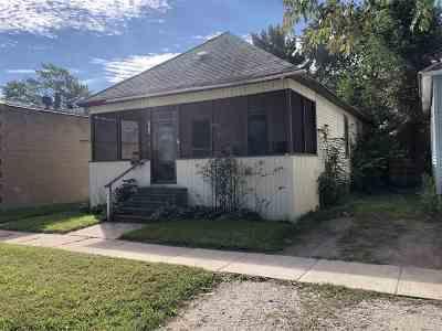 Port Huron Add Single Family Home For Sale: 1414 Kearney