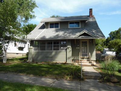 Jackson MI Single Family Home For Sale: $71,000