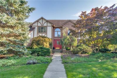 Farmington Hill Single Family Home For Sale: 34167 Lyncroft Crt