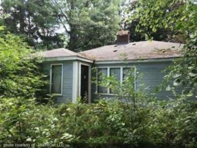 Farmington Hill Single Family Home For Sale: 31707 Alameda